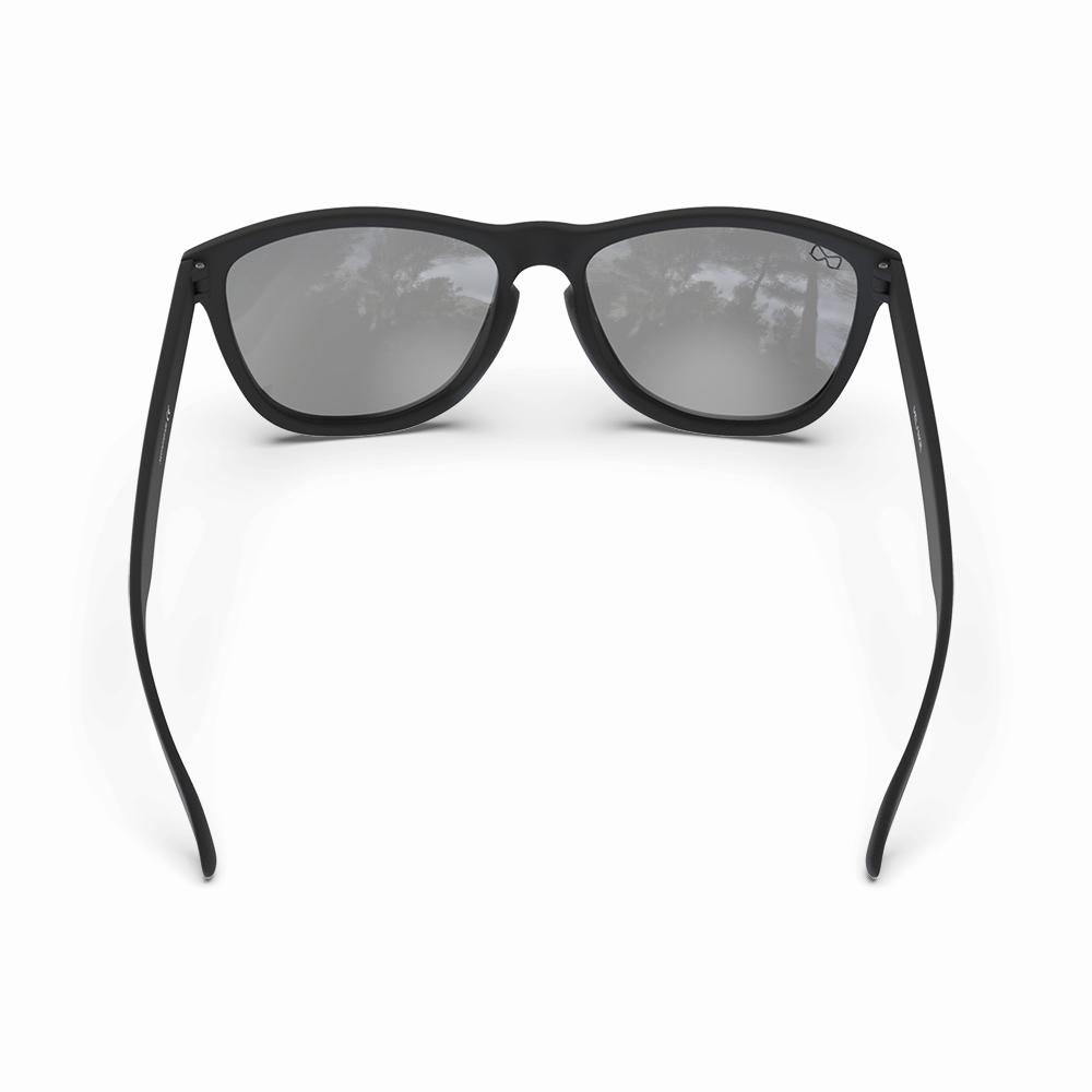 Mariener-Melange-Wayfarer-Rubber-Matte-Black-Matte-Reflective-Red-Lava-Wayfarer-Sunglasses-Matte-Lens-Zonnebril-Backside