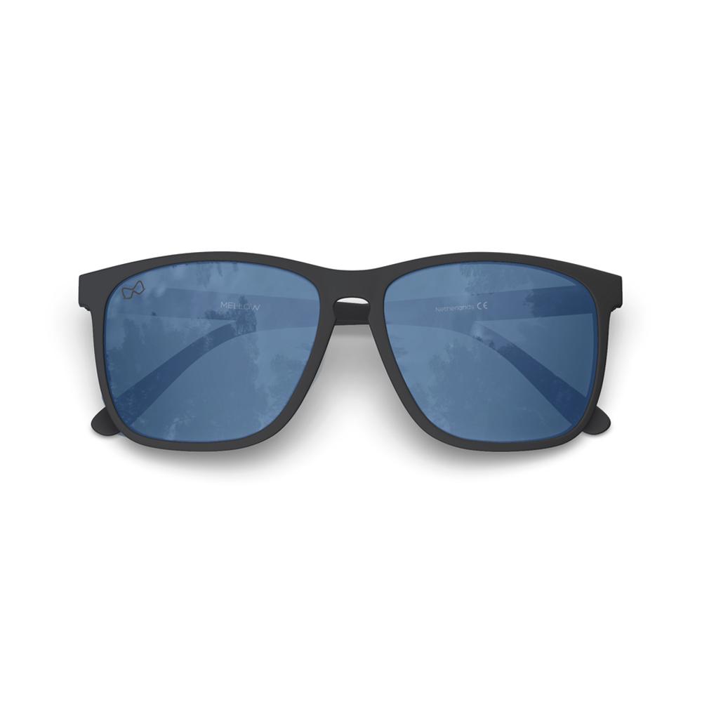 Mariener-Mellow-Rectangular-Matte-Black-Rubber-Spring-Hinge-Azure-Sunglasses-Zwarte-Rechthoekige-Zonnebril-Folded